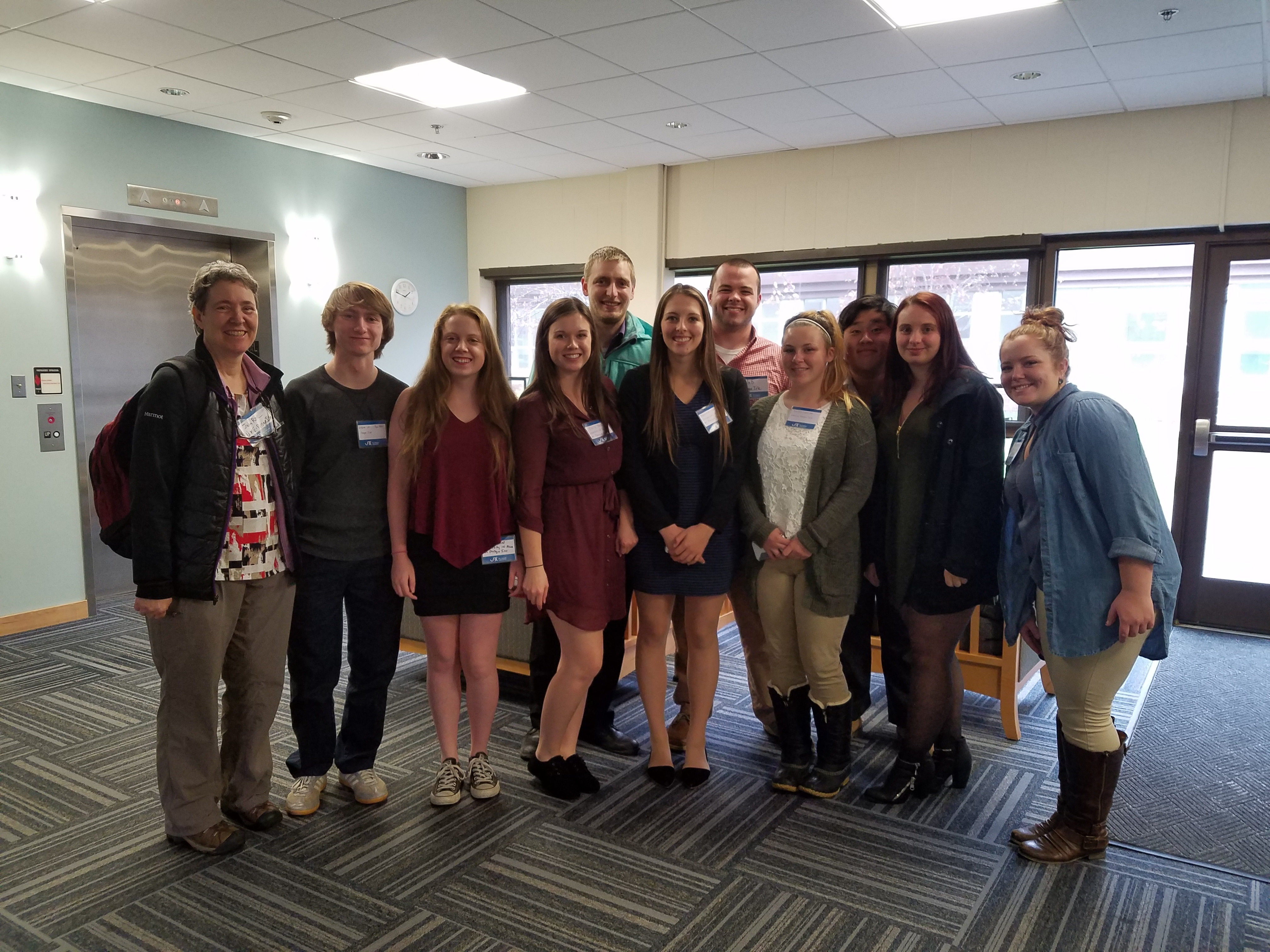 Biomedical Club students attend meeting