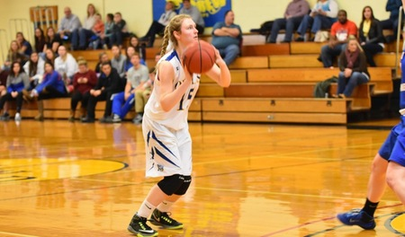 Amanda Hotham nets her 1000th point