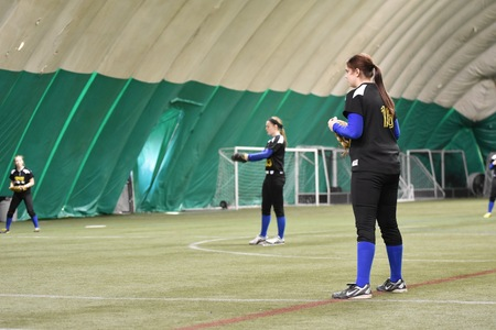 Softball Ends Spring Trip with DH's Against Mary Baldwin and Husson